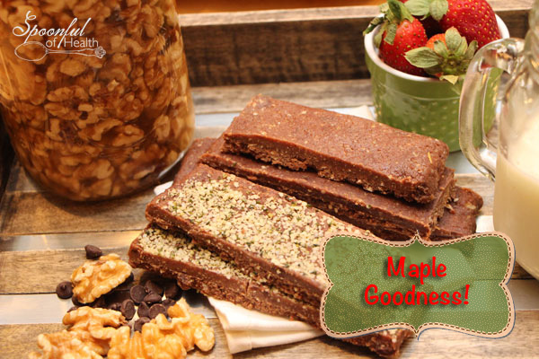 I added cacao powder to this recipe to satisfy a chocolate craving! I also added hempseeds on top for a little extra nourishment and to pretty it up for you.