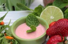 StrawberryDressingFeature