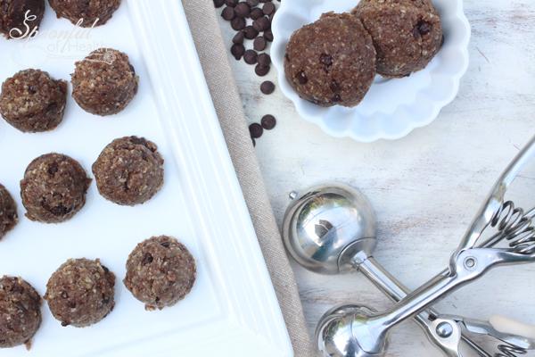 Chocolate-Chip-Dough-Balls-2